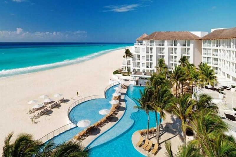 Playacar Palace Resort