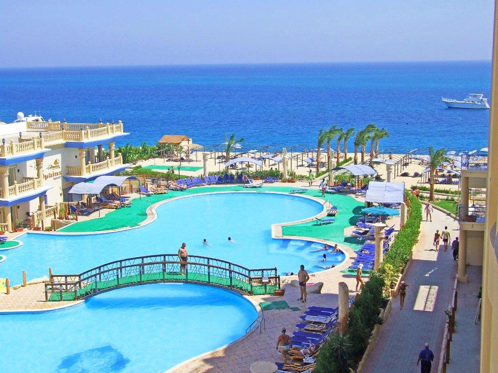 Sphinx Aqua Park Resort
