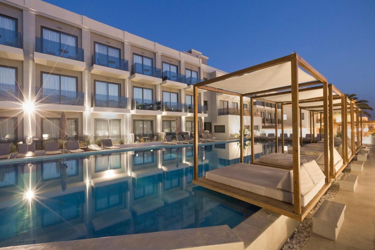 Samian Mare Suites & Spa