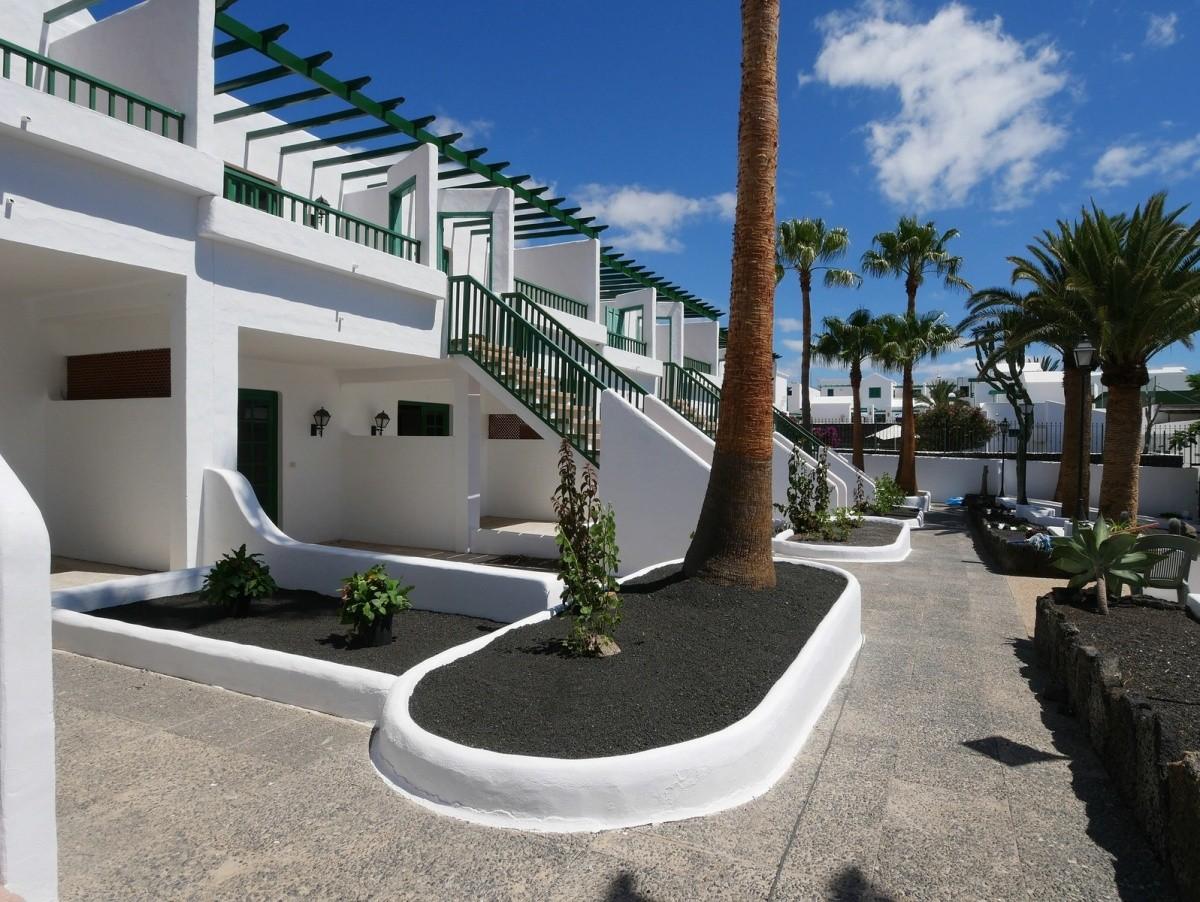Apartamentos Tropicana (Tias)