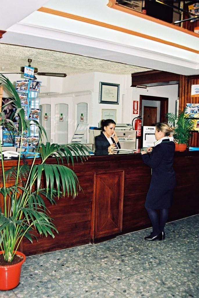 Apartamentos Park Plaza & Hotel Tropical