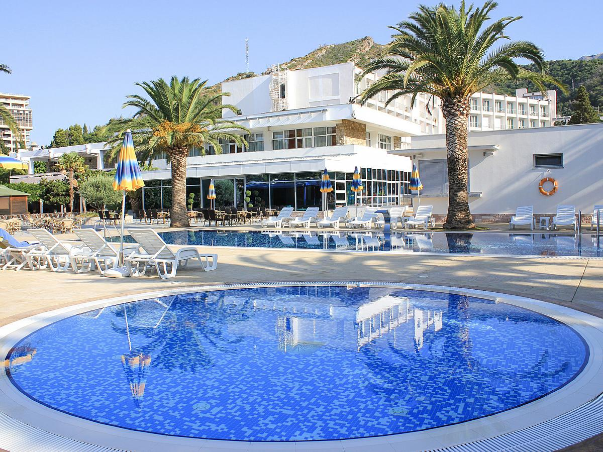 Montenegro Beach Resort