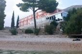 Pláž + hotel