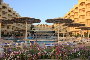 Amc Royal Hotel
