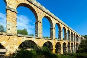 Římský akvadukt Pont de les Ferreres (Ďáblův most)