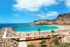 Pláž Amadores