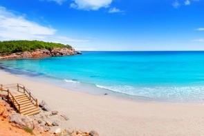 Pláž Cala Nova