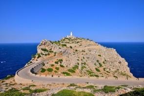 Maják a mys Formentor