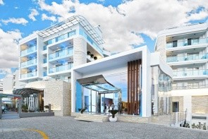 Blue Bay Platinum