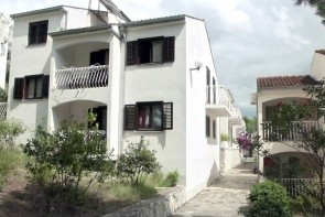 Lavica Beach Apartments