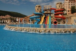 Royal Club Victoria Waterpark & Spa