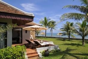 Lapochine Beach Resort