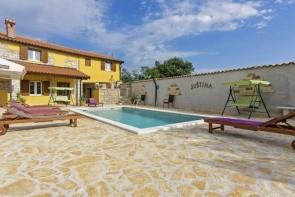 Villa Rina (Barat)