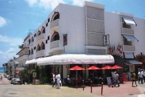 Maya Del Mar
