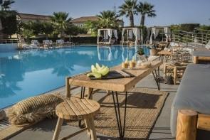 Studia A Apartmány Avithos Resort