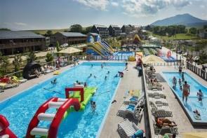 Demanova Resort
