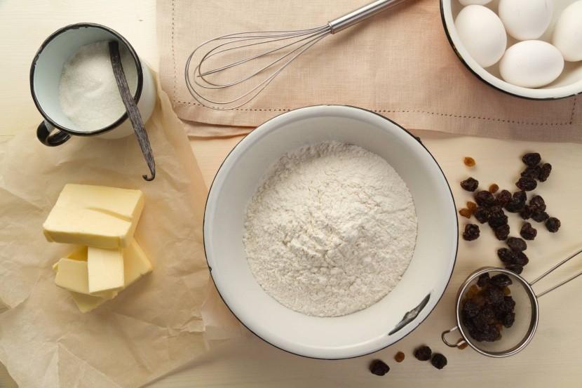 Suroviny pro přípravu panettone