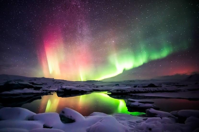 Sarki fény Izlandon