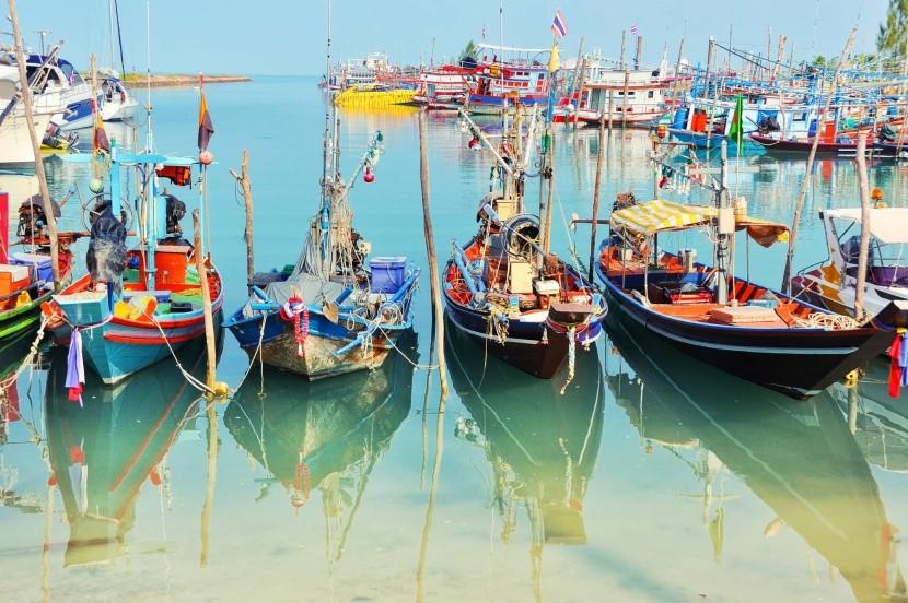 Halászhajók Koh Samuin
