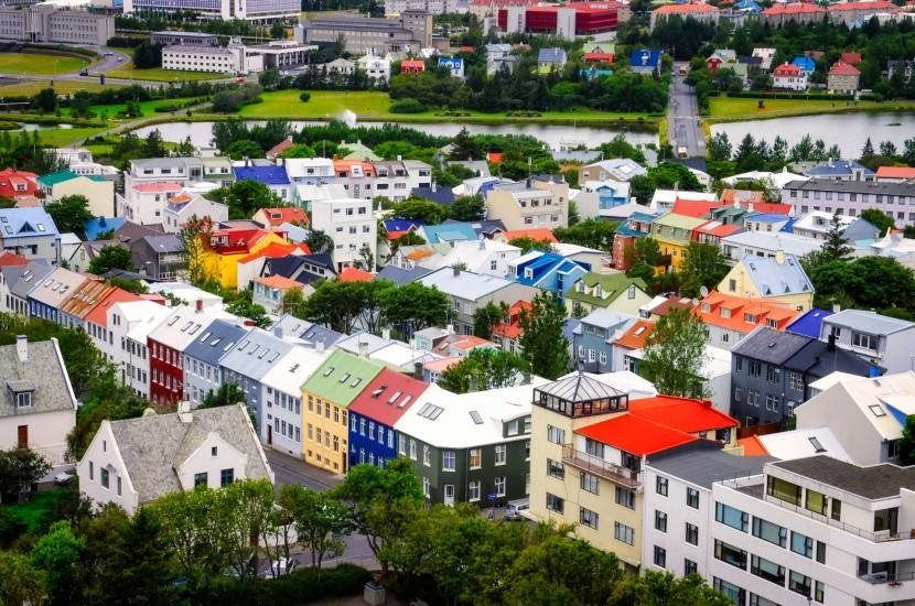 Reykjavik vulkanikus sziget színes házak