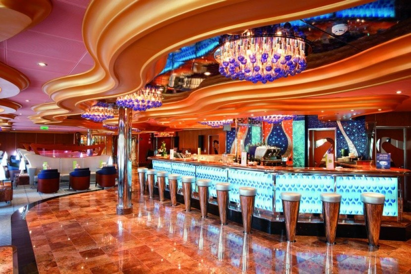 Costa Luminosa - bar