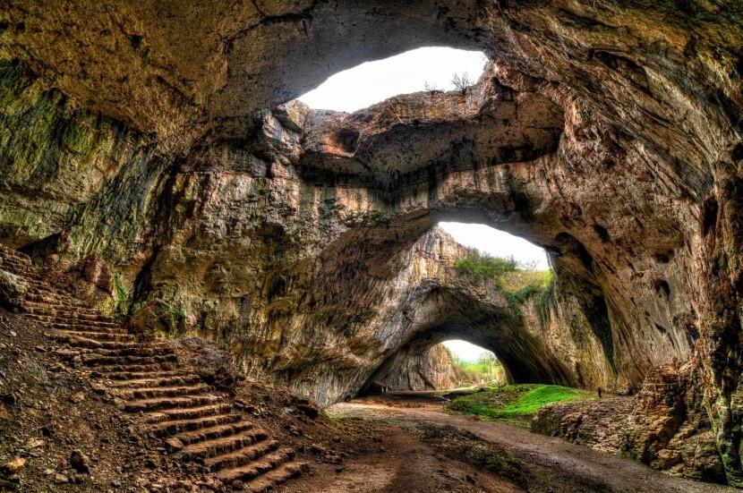Jeskyně Devetaki