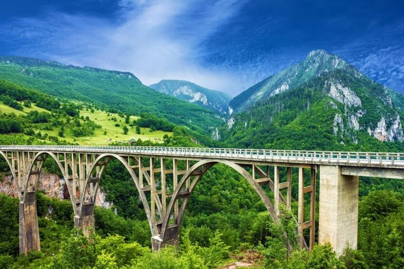 Most cez kaňon Tara