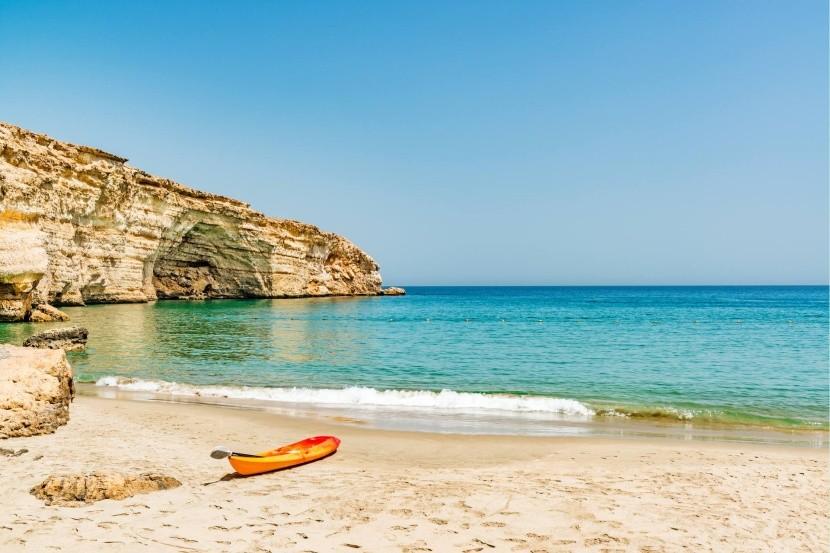 Pláž v Barr Al Jissah, Omán