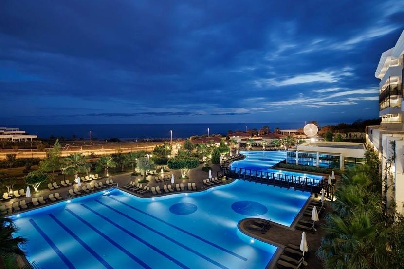 Alba Royal hotel Törökország medence