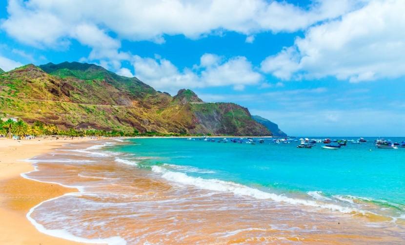 Kanári-szigetek tenger homokos tengerpart