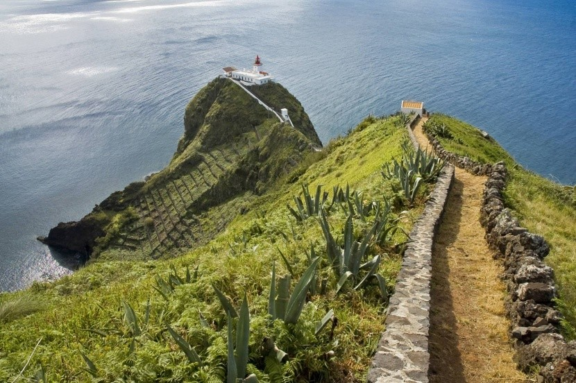 Maják na ostrově Santa Maria