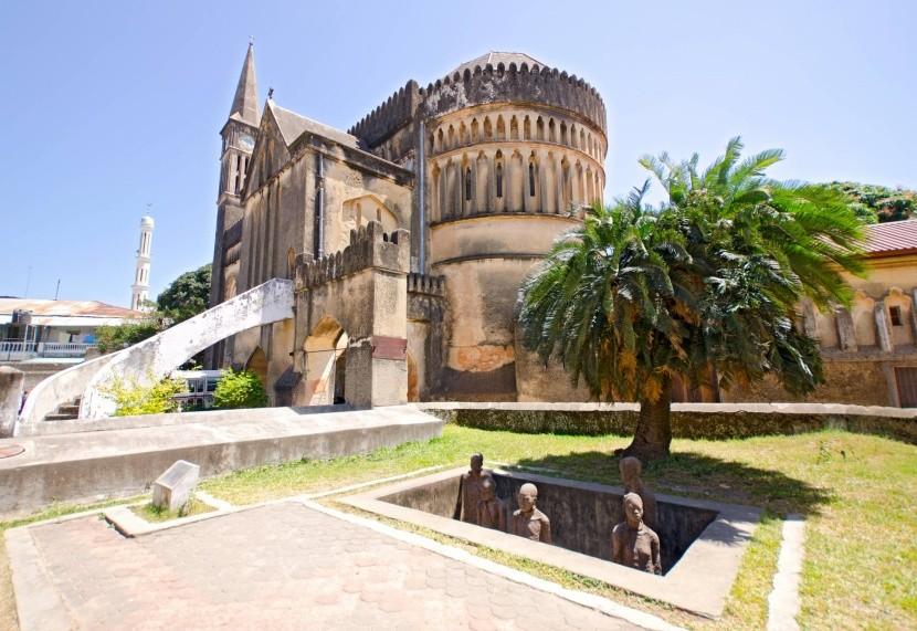 Katedrála a pamätník otroctva