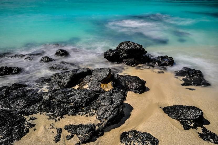 Noir Roches Beach