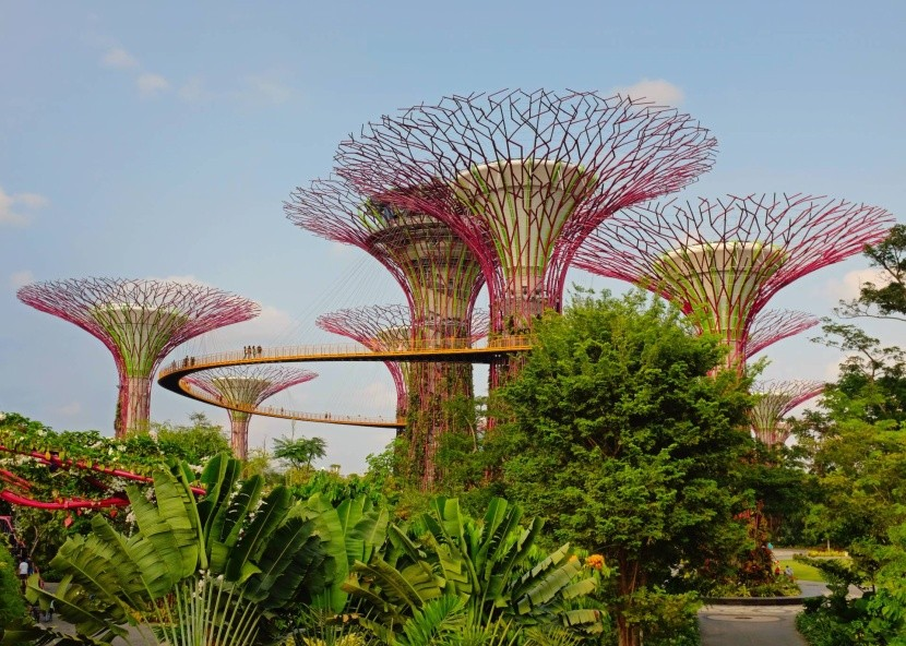 A Gardens by the Bay park