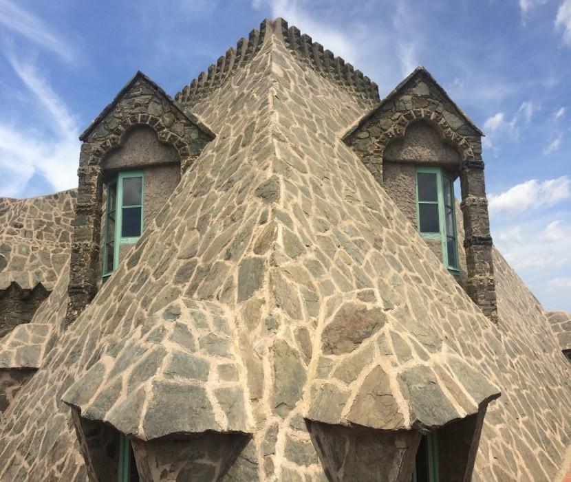 Sárkányfej a Bellesguardu tetején