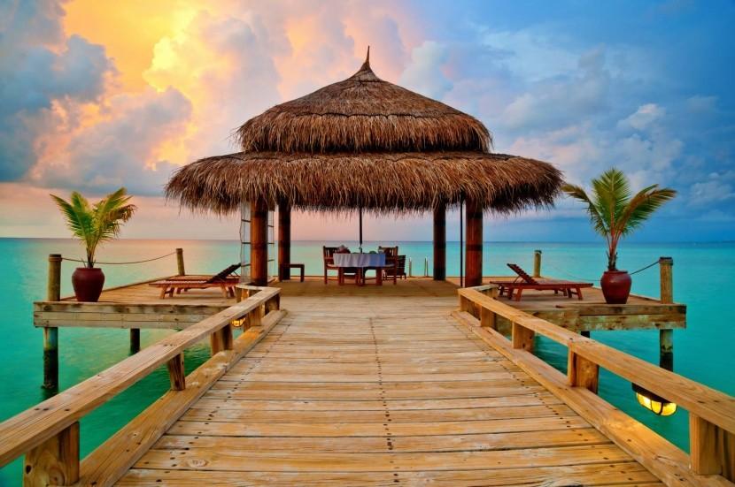 Romantická večeře na Maledivách