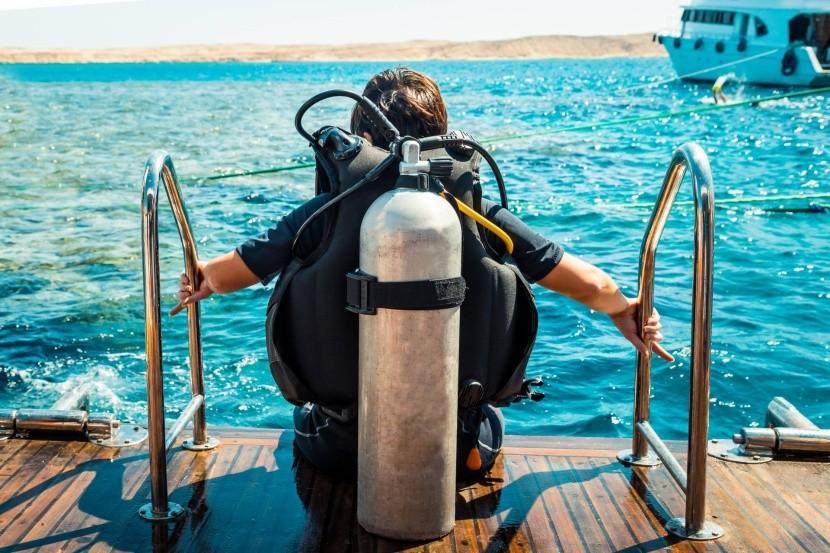 Búvártanfolyam a Vörös-tengerben