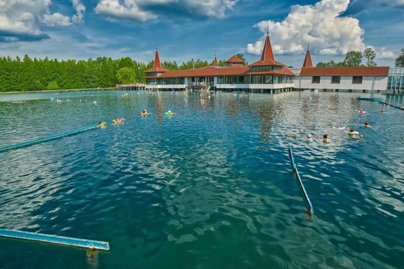 A hévízi tó