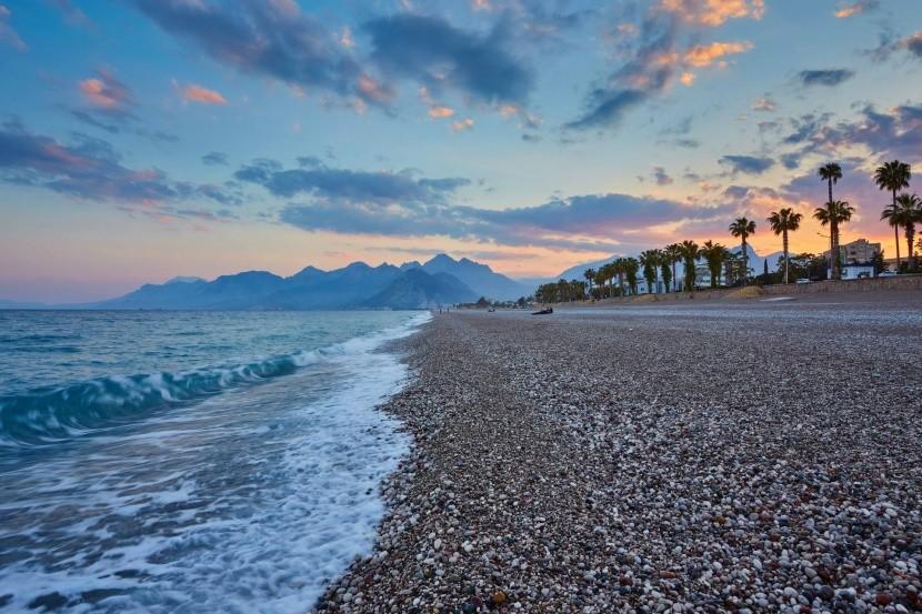 Pláž Konyaalti (Antalya)