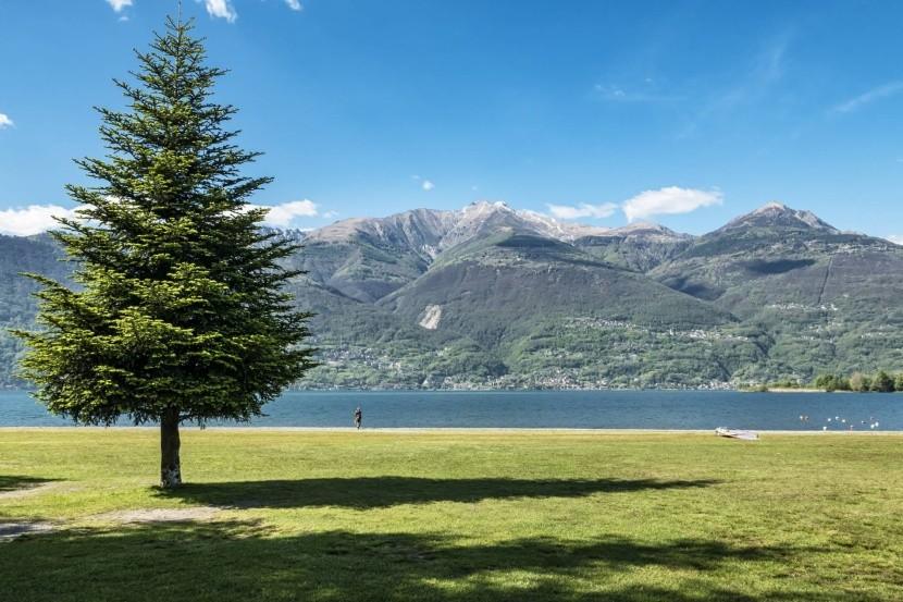 Pláže pri Lago di Como