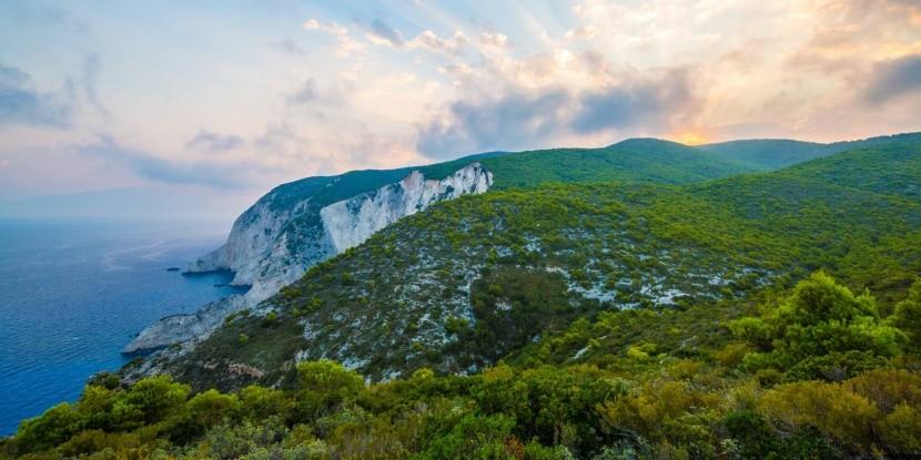Zakynthos természeti szépségei vonzzák a turi