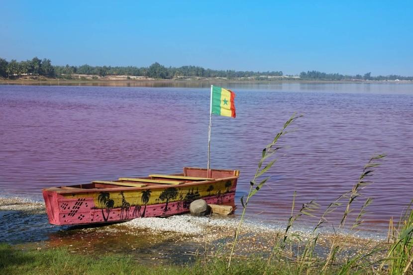 Ružové jazero v Senegale