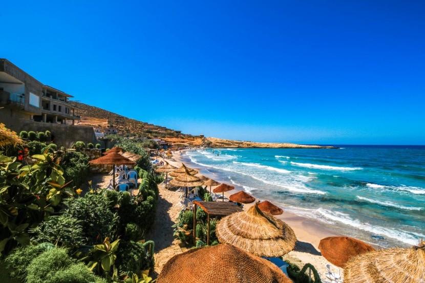 Pozdrav slunci na dovolené v Tunisku