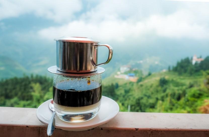 Vietnámi kávé elkészítése