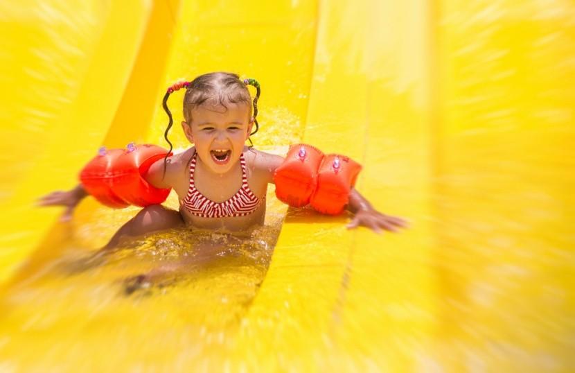 Pre deti sú ideálne destinácie s aquaparkami