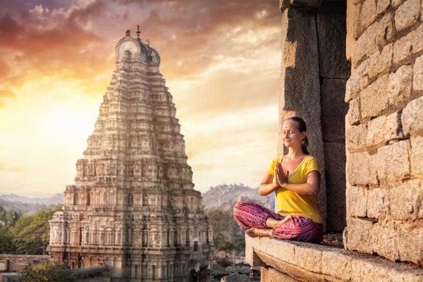 Az áhítatra hívó Virupaksha templom