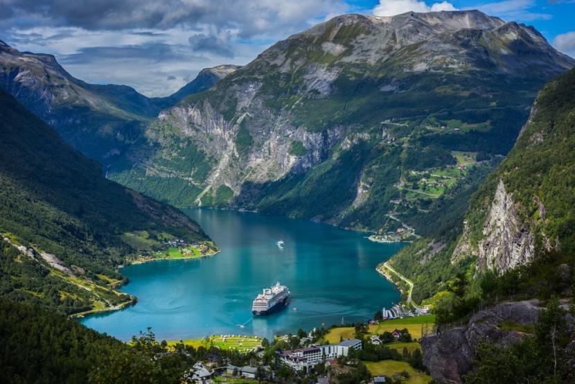 Norvég fjordok hajókirándulással