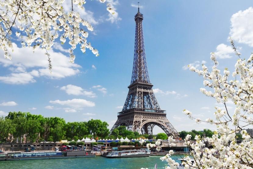 tavaszi Párizs: Eiffel-torony és Szajna