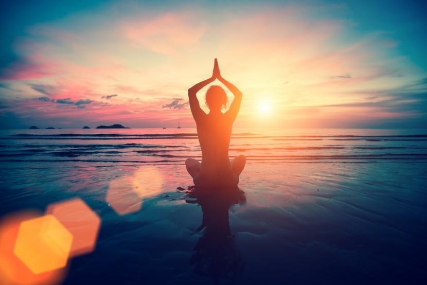 A jóga megfiatalít és frissen tart