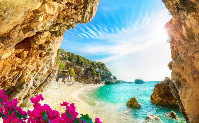 Božská pláž na gréckom ostrove Korfu
